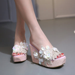 Women Shoes Korean Sweet Beaded Flowers Transparent Slippers Sandals