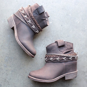 Woman Ladies zipper belt buckle boots for autumn and winter