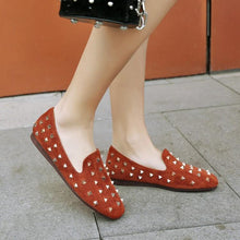 Load image into Gallery viewer, Girls Woman's Rivet Flat Shoes