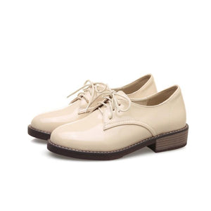Woman's Lace Up Low-heeled Shoes