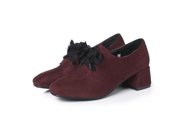 Lace Up Women's Middle Chunkey Heeleded Shoes