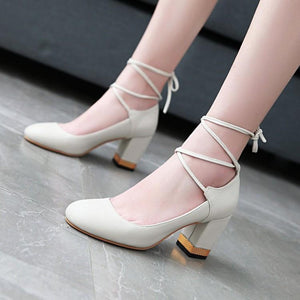Round Head Shallow Mouth Large Size Women High Heeleds Pumps