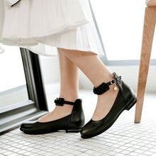 Load image into Gallery viewer, Woman Low Heeled Princess Shoes