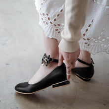 Load image into Gallery viewer, Woman Buckle Bow Low Heeled Princess Shoes
