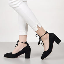 Load image into Gallery viewer, Bridal Shoes High Heeled Pointed Toe Knot Block Heel Pumps