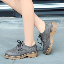 Load image into Gallery viewer, Woman's Square Heel Large Size Lace Up Low Heeled Oxford Shoes