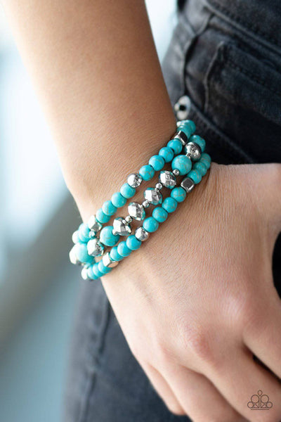Mountain Artist - Turquoise Blue Stretchy Bracelet - Paparazzi Accessories - GlaMarous Titi Jewels