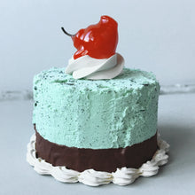 Load image into Gallery viewer, Mini Mint n' Chip Fake Cake