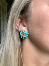 Load image into Gallery viewer, Teal Beaded Eye Studs