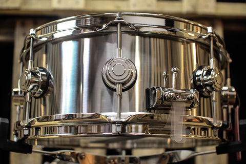 "DW Collector's Stainless Steel 5.5x13 Snare Drum ""Nickel HW"" - DRVL5513SPK"