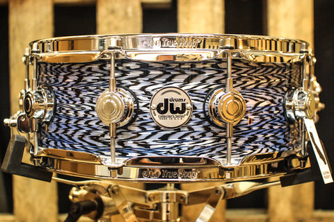 DW Collector's Maple Blue Silk Onyx 5x14 Snare Drum - SO# 1131901