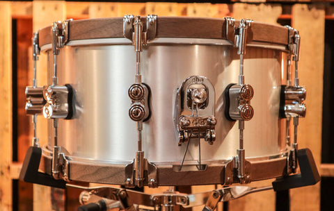 DW Collector's Maple Super Tangerine Glass 5x14 Snare Drum - SO# 1131899 (video demo)