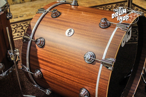DW Collector's Series Maple/Mahogany Drum Set, Natural Hard Satin (video demo)