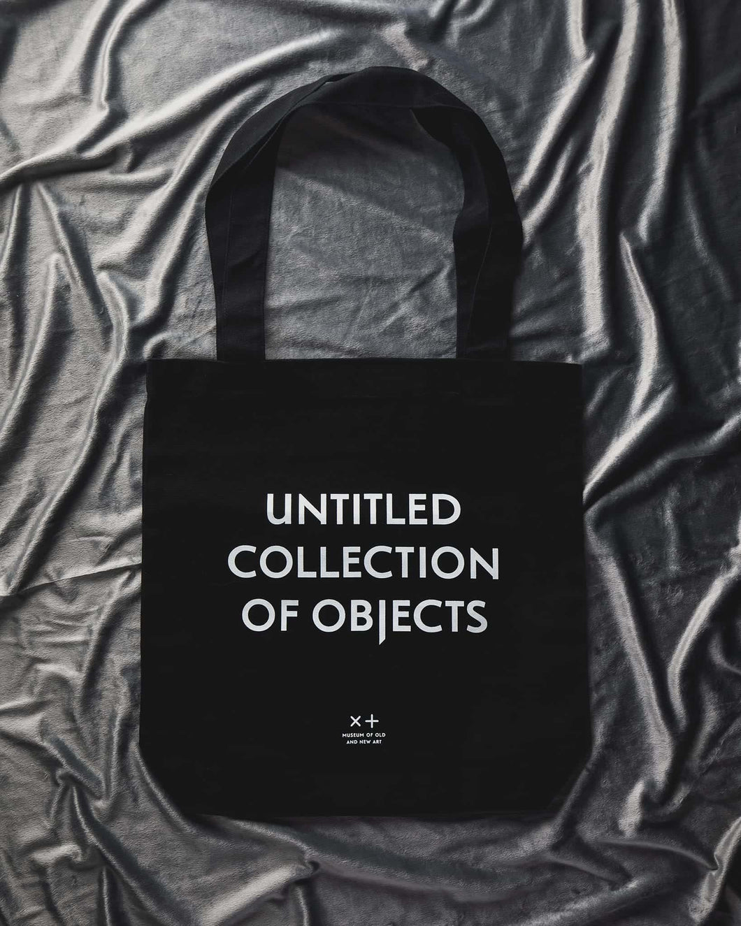 Mona Tote – Untitled Collection of Objects
