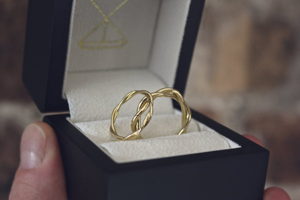 Twisted Gold Wedding Rings