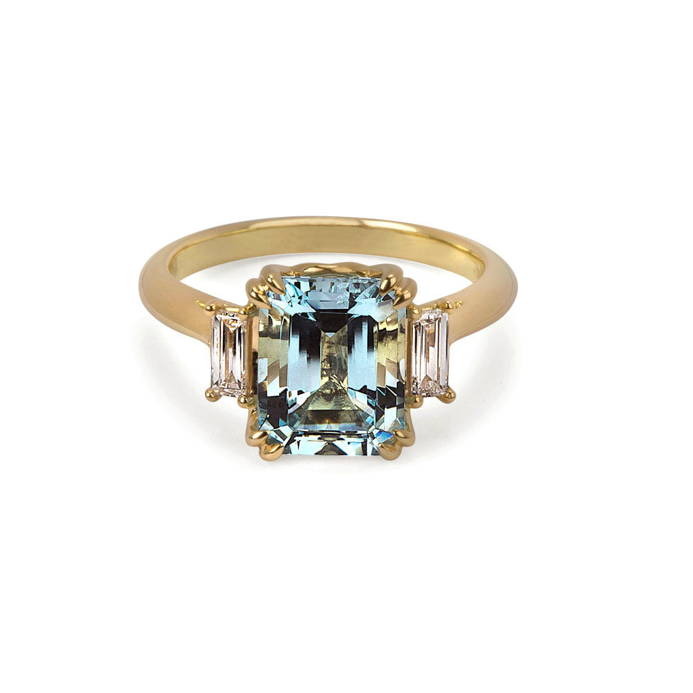 Aquamarine & Diamond Trilogy Ring in 18ct Yellow Gold
