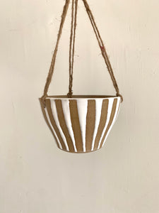 6 striped planter