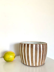44 striped planter
