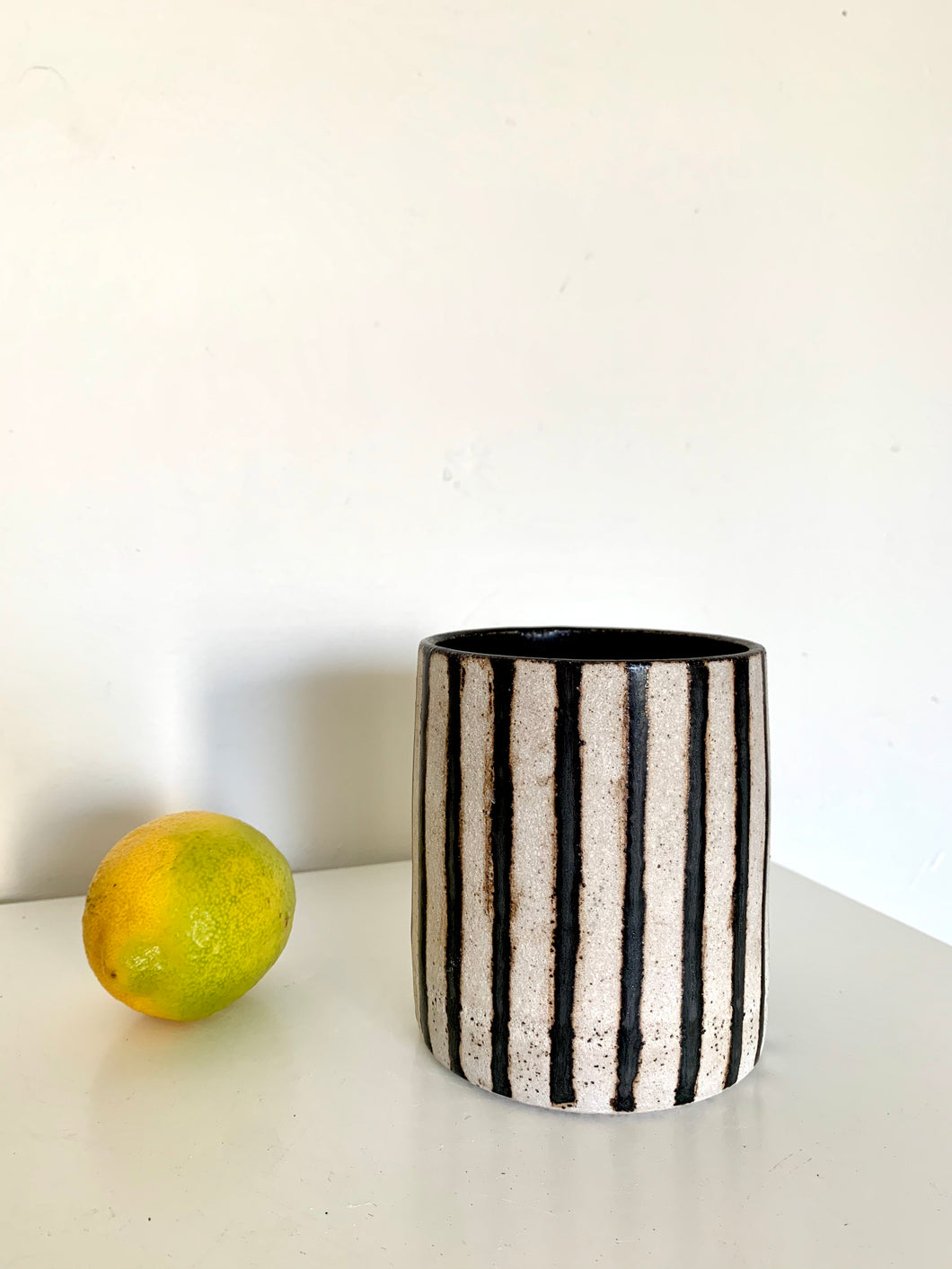 49 striped planter