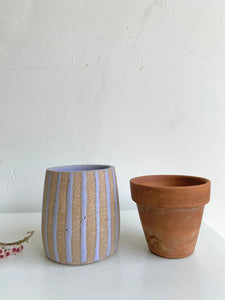 14 Striped planter