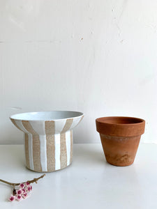 13 Striped planter
