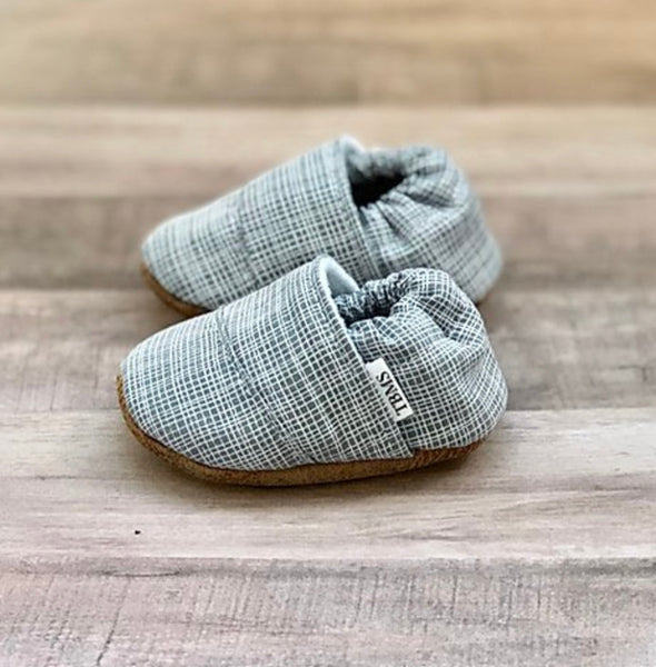 TBMS: Low Tops (Light Grey Plaid Angled) (9-12 Months) - Fancy Tot