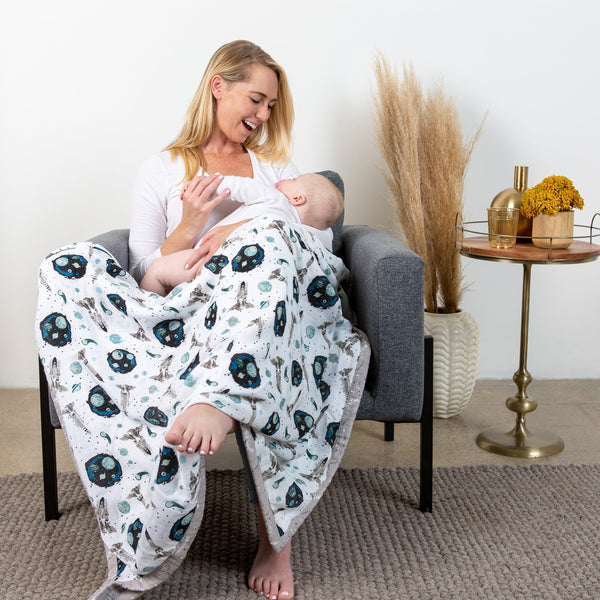 Bebe au Lait: Super Snuggle Blanket (Galaxy + Space) - Fancy Tot
