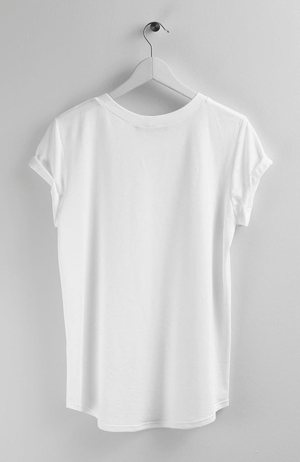 BASIC WHITE T-SHIRT