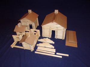 Log Cabin Building set, 220 pieces, sturdy clear plastic storage tub