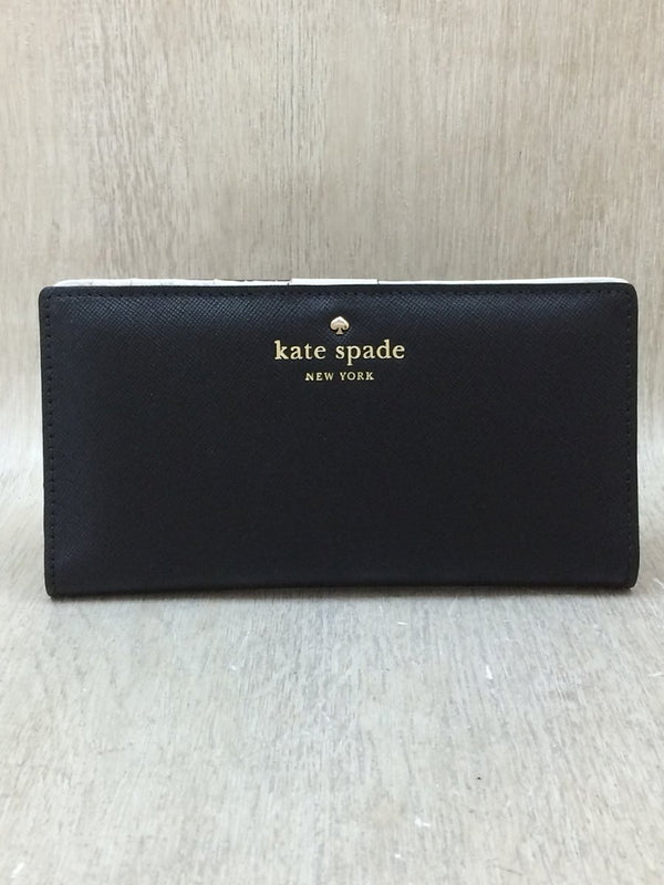 Black Color Leather Wallet [Pre-Owned]