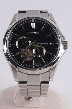 Black Color Men's Automatic Watch [Pre-Owned]
