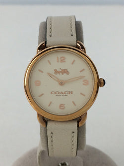 White Color Leather Women's Analog Watch [Pre-Owned]