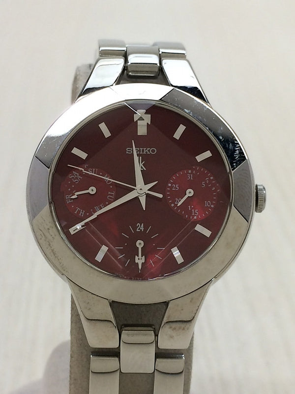 Red Color Stainless Steel Women's Watch [Pre-Owned]