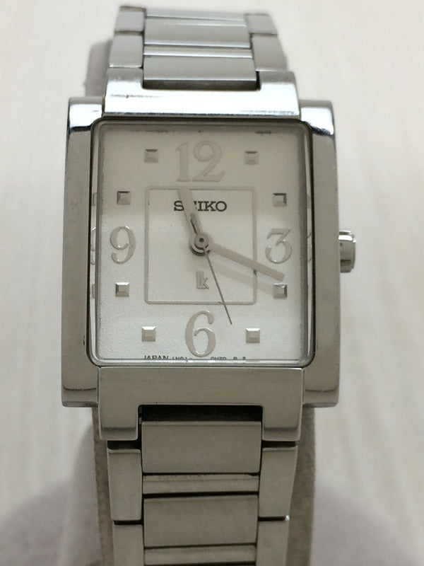White Color 1N01-0EA0 Stainless Steel Women's Watch [Pre-Owned]
