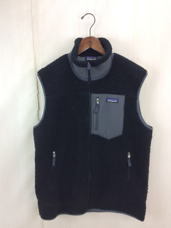 Black Color Polyester Men's Fleece Vest [Pre-Owned]