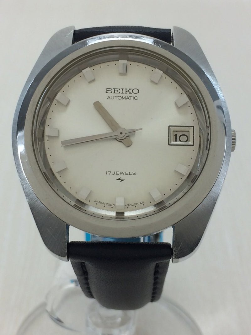 Silver Color Leather Men's Watch [Pre-Owned]