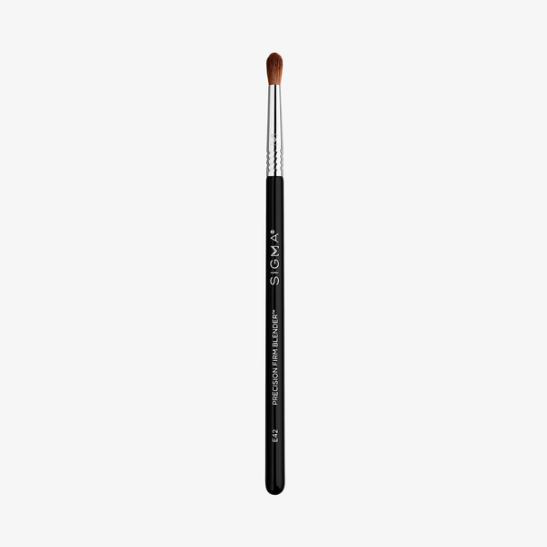 Sigma Beauty E42 Precision Firm Blender™ Brush