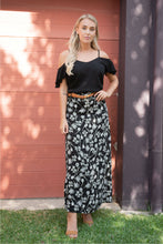 Load image into Gallery viewer, Esperence Skirt Black Floral