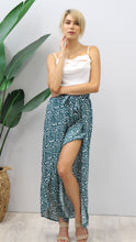 Load image into Gallery viewer, Stassi Dalmation Print Pants