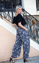 Load image into Gallery viewer, Alyssa Wide leg Animal Brush Print Pants