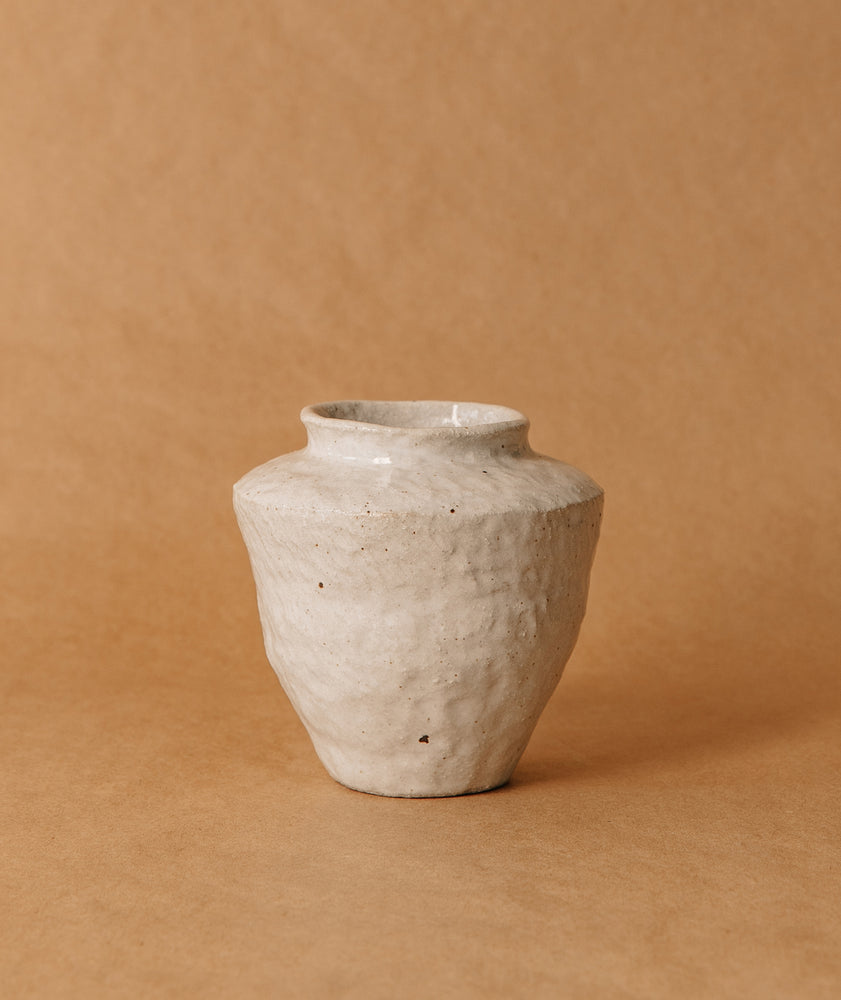 Load image into Gallery viewer, Medium White Vase 2