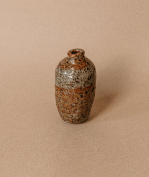 Load image into Gallery viewer, Small Speckle Vase 3