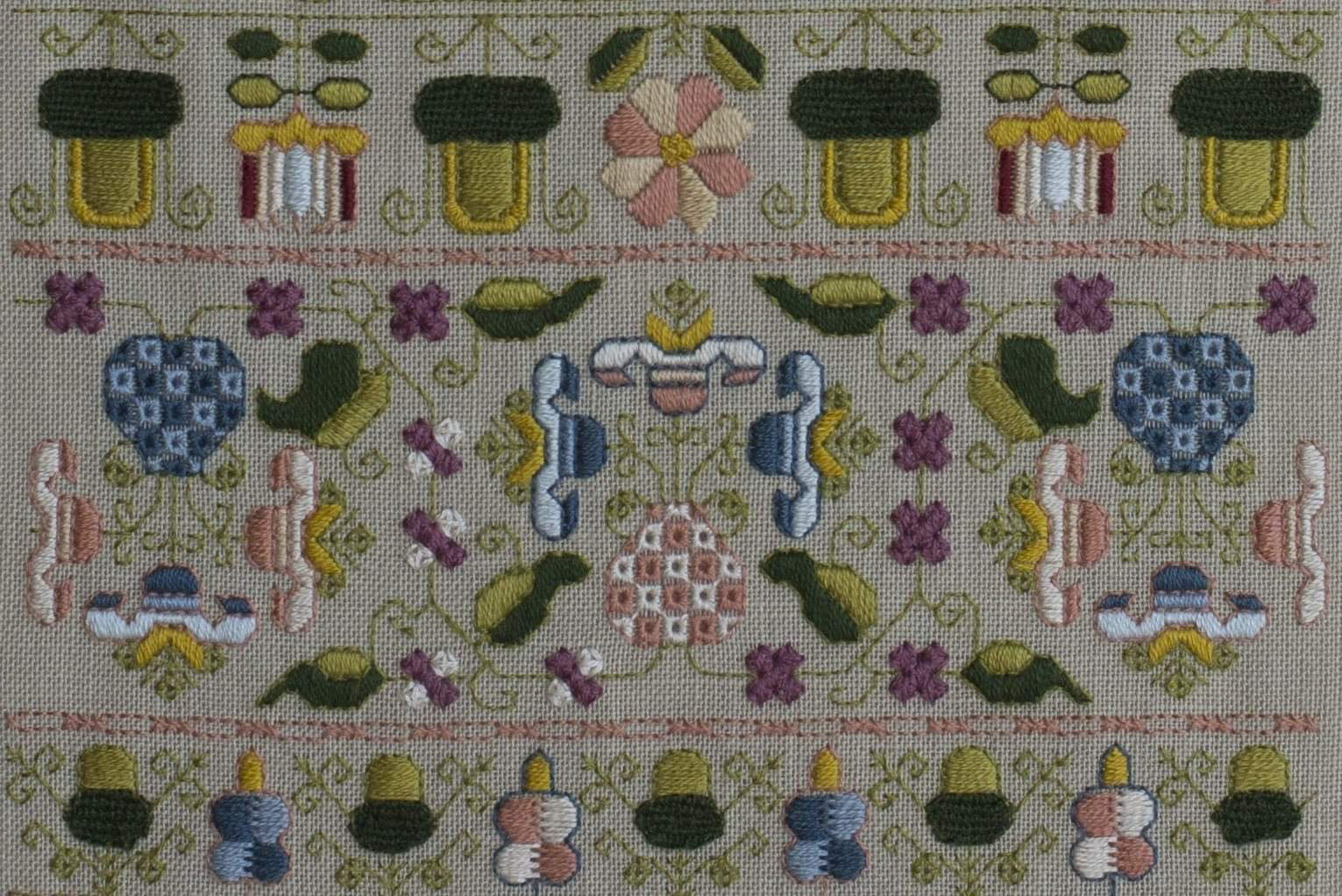 Bathya -a reversible band sampler C.1680