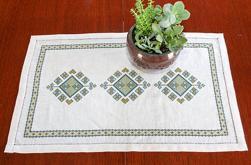 Anatolian Arygle Table Runner