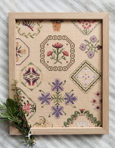 Bushland Quaker: Cross-stitch chart