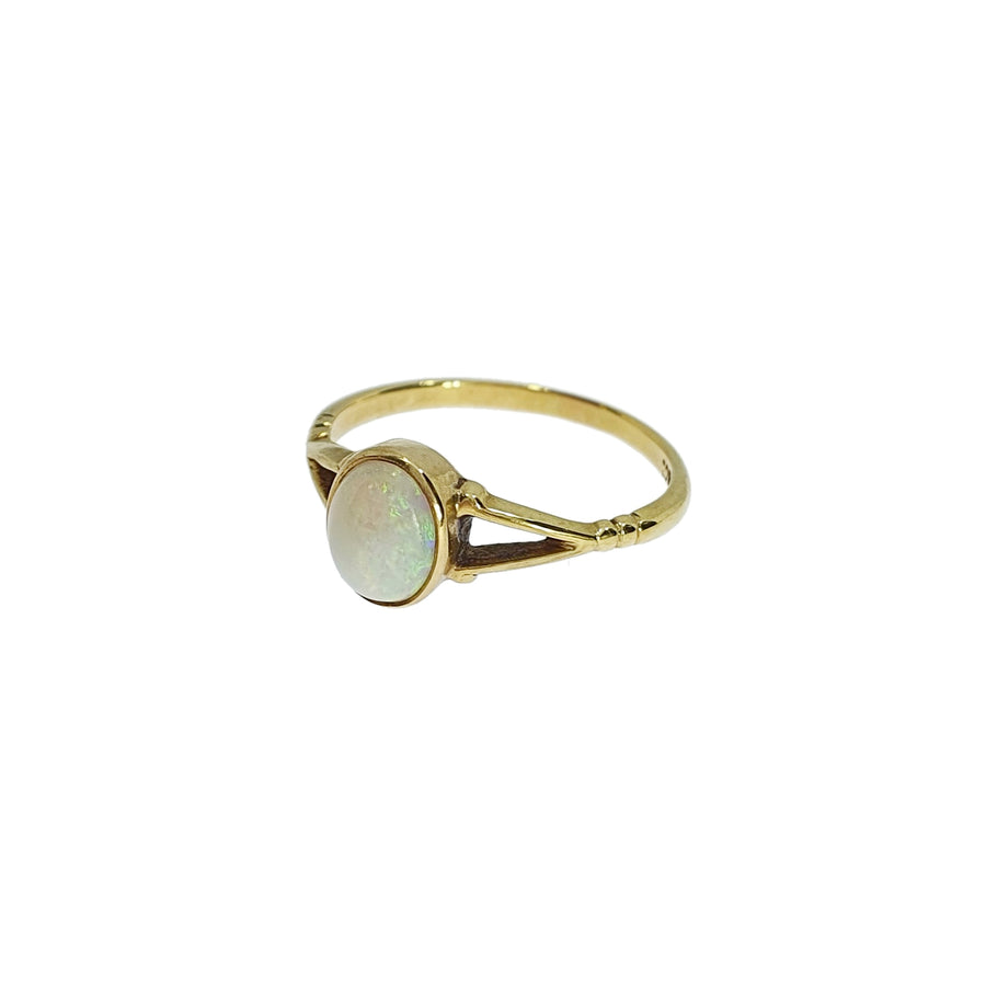 Vintage 18ct Gold & Opal Ring