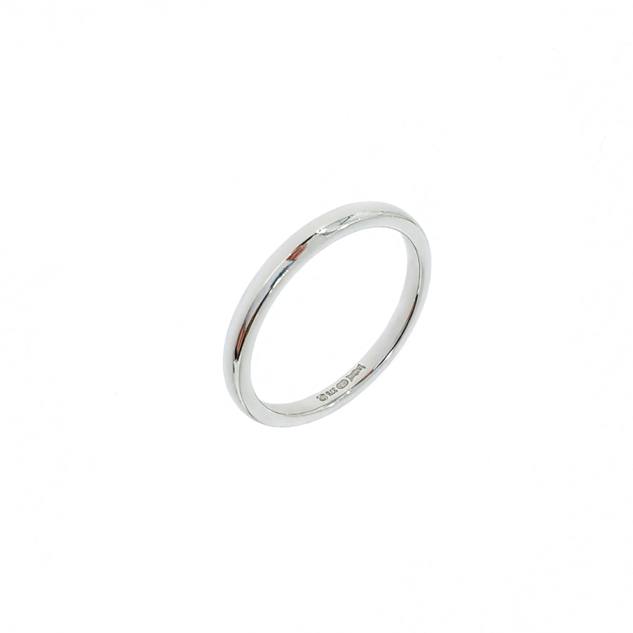 Medium Court Wedding Band