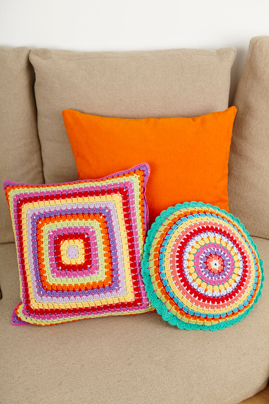 Stylecraft Classique Cotton DK  Pattern 8851 - Crochet Cushions