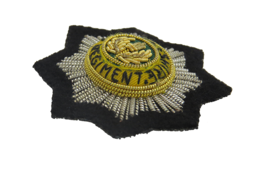 CHESHIRE REGIMENT BERET BADGE (4334338801736)