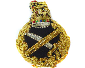 General's Beret Badge with King's crown (4344138596424)